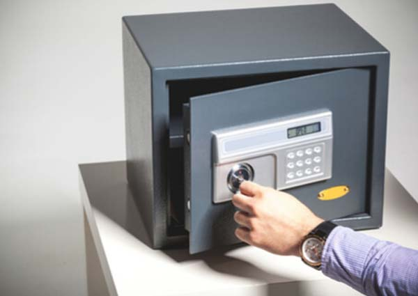 Cash safe