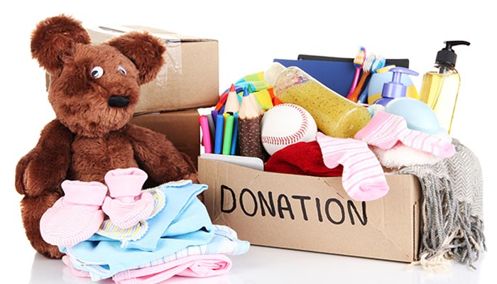 Best Places to Donate Old Clothes in Delhi