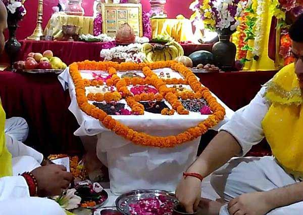 Navgraha Puja Vidhi (नवग्रह-पूजन विधि)